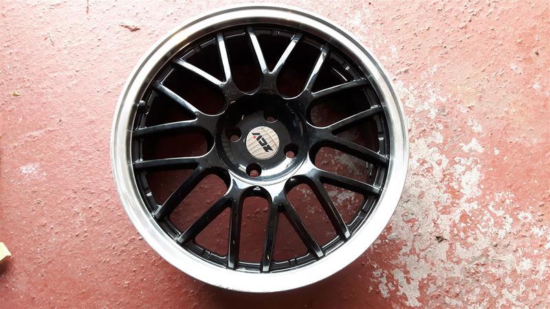 Carly_Cooper_new_wheels.jpg