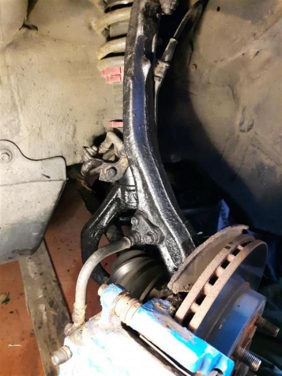 20190602_162926Honda_Civic_Aerodeck_brakes_and_Underseal_DD.jpg