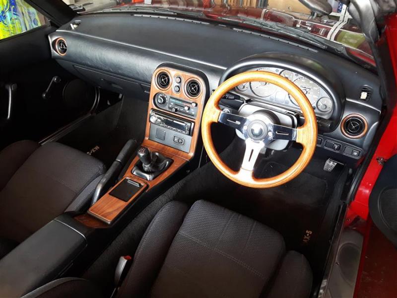 2wood-dash-trim-mx5.jpg